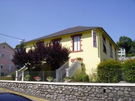 9-Lourdes-hotel-Clos-Fleuri--2-.jpg