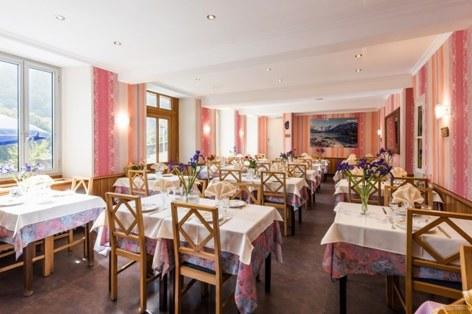2-HPH64---HOTEL-ARDIDEN---LUZ---Restaurant-2.jpg