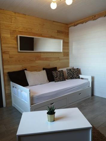 0-Hotel-La-Sapiniere-Canape-WEB.jpg