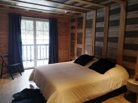 7-Hotel-La-Sapiniere-chambre2-WEB-2.jpg