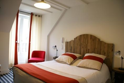 12-HOTEL-MIR-LA-PERGOLA-CHAMBRE-DOUBLE-COSY-2E-ETAGE.JPG