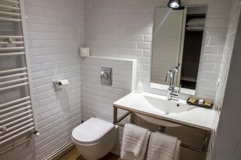 16-HOTEL-MIR---SDB-CHB-COSY2.jpg