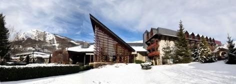 0-HPH17--HOTEL-MERCURE---2-Facde-hiver---ST-LARY.jpg