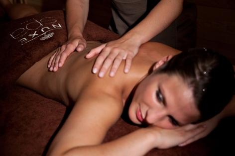 12-HPH17--HOTEL-MERCURE---Massage-2-Frederic-Maligne--ST-LARY.jpg