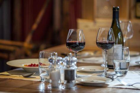 4-HPH17---HOTEL-MERCURE---Table-restaurant---ST-LARY.jpg