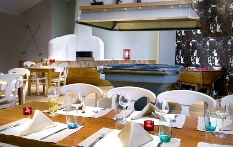 7-HPH17---Mercure-Sensoria--restaurant3.jpg