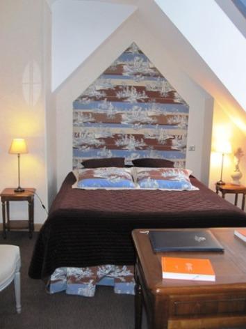 10-chambre4-hotelleviscos-saintsavin-hautespyrenees.jpg-LeViscos.jpg.JPG