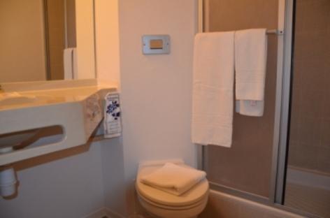 7-Hotel-Amys-Sanitaire.jpg