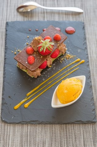 12-HPH18---HOTEL-AURELIA---VIELLE-AURE---Dessert.jpg