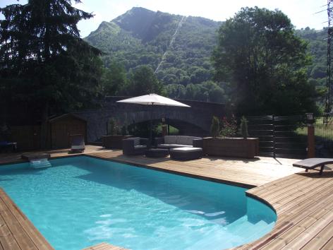 11-HPH33---HOTEL-LA-NESTE-DE-JADE---piscine.jpg