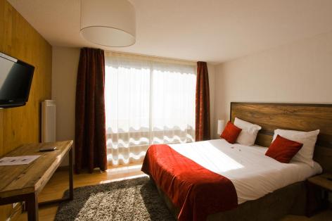 3-HPH33---HOTEL-LA-NESTE-DE-JADE---chambre3.jpg
