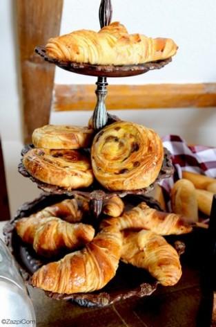 12-HPH14---La-Grange-aux-Marmottes----petit-dejeuner--6-.jpg