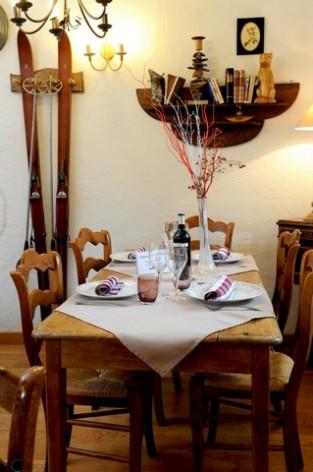 13-HPH14---La-Grange-aux-Marmottes----coin-repas--6-.jpg