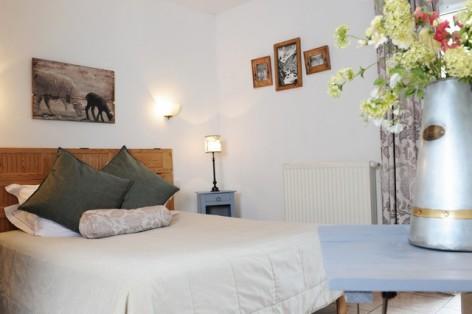 18-HPH14---La-Grange-aux-Marmottes----chambre--17-.jpg