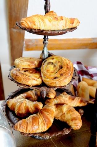 4-HPH14---HOTEL-LA-GRANGE-AUX-MARMOTTES---Restaurant---PDJ-croissants---VISCOS.jpg