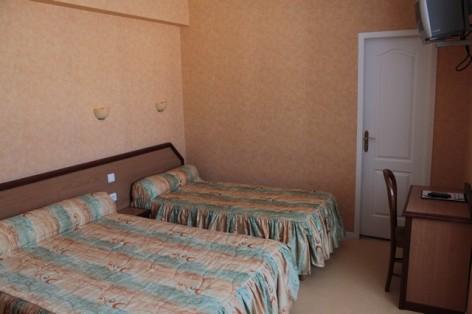 3-HPH92-Hotel-LADAGNOUS--exterieur--4-.jpg