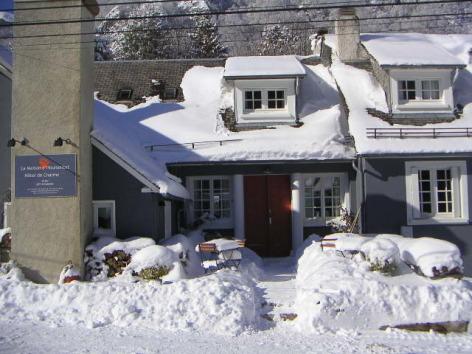 5-HPH59---La-Maison-d-Hoursentut---Exterieur-Hiver.jpg