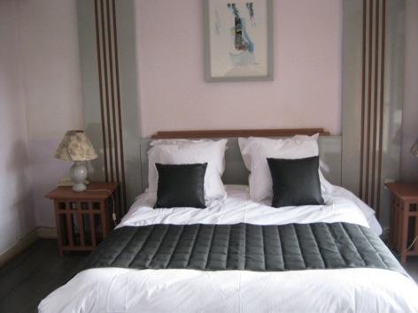 3-Chambre-double-hotel-du-laca-2.jpg