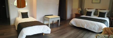 4-Chambre-triple-hotel-du-laca-2.jpg