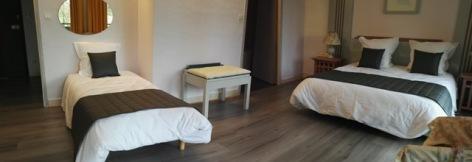 5-Chambre-triple-hotel-du-laca.jpg