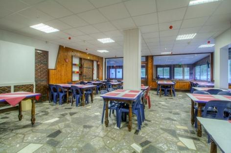 8-Salle-de-restaurant---GAVARNIE--9--2.jpg
