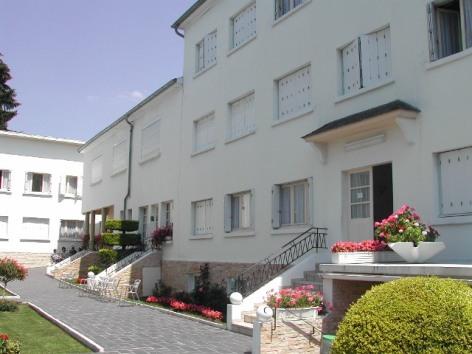 3-Pension-Familiale-Lourdes--1.jpg