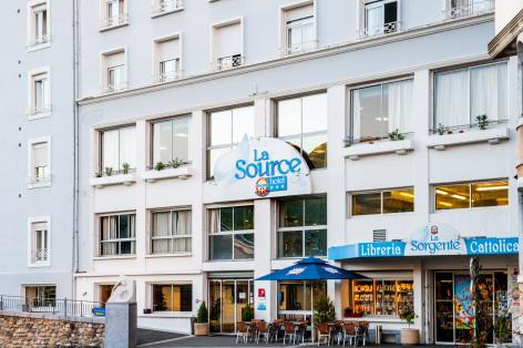 1-Lourdes-hotel-La-Source.JPG