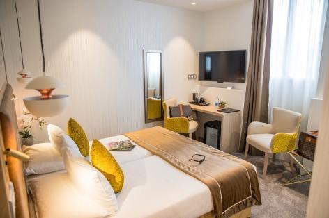 0-HPH76---HOTEL-BEST-WESTERN-BEAU-SEJOUR---Chambre-Priviege-bis-sur-Jardin---LOURDES.jpg