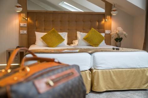 1-HPH76---HOTEL-BEST-WESTERN-BEAU-SEJOUR---Chambre-Privilege---LOURDES.jpg