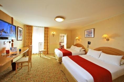 2-Lourdes-hotel-Beausejour--1-.JPG