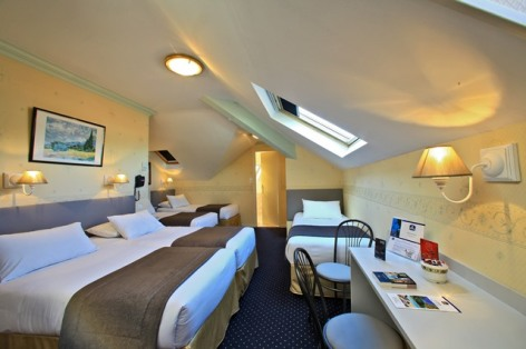 6-hotel-bestwestern-beausejour-lourdes-chambre-familiale-5-lits.jpg