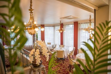 8-HPH76---HOTEL-BEST-WESTERN-BEAU-SEJOUR---Restaurant-Le-Parc---LOURDES.jpg