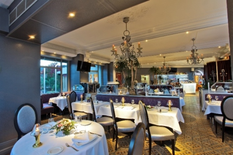 9-Lourdes-hotel-Beausejour--4-.JPG