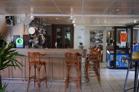 0-VLA01---AUBERGE-DE-GERM---Bar.JPG
