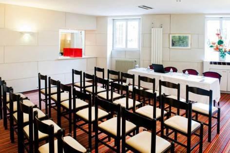 5-HPH110-Hotel-Lourdes.Continental-salle-de-reunion.jpg