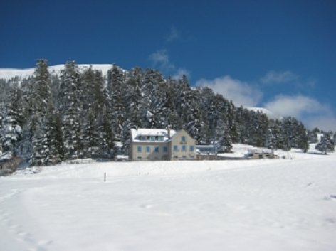 4-HPGS07---Auberge-Beyrede---ext-hiver-PP.jpg