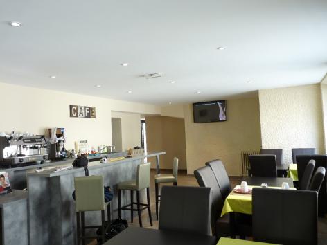 2-HPH107---Le-Loft---restaurant.JPG