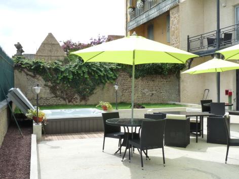 5-HPH107---Le-Loft---terrasse2.JPG