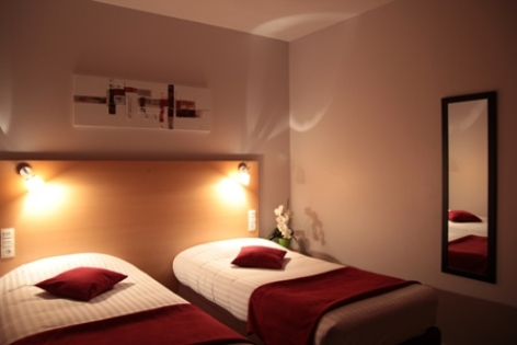10-CARREPY-HOTEL-BAGNERES-CHAMBRES-04-W.jpg
