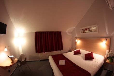 11-CARREPY-HOTEL-BAGNERES-CHAMBRES-06-W.jpg