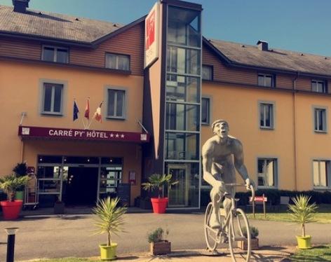 7-Hotel-W18.jpg