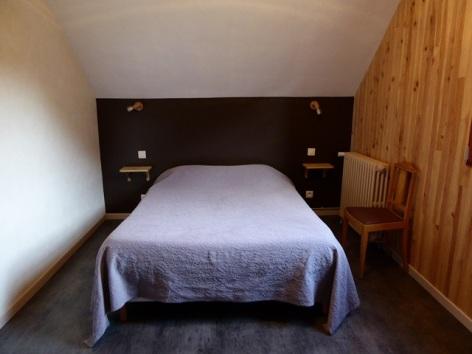 1-chambre-familiale-2-lits-2.JPG