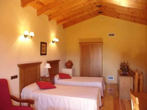 10-HPH116---Hotel-y-Spa-Pena-Montanesa-Suite-Junior-Altillo.jpg