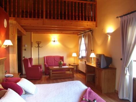 11-HPH116---Hotel-y-Spa-Pena-Montanesa-Suite3.jpg