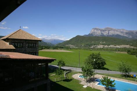 13-HPH116---hotel-y-spa-Pena-Montanesa-exterieur.jpg