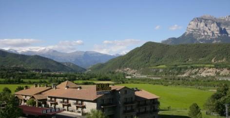 15-HPH116---hotel-y-spa-Pena-Montanesa-exterieur2.jpg
