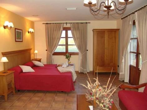 2-HPH116---Hotel-y-Spa-Pena-Montanesa-Familly-y-suite.jpg