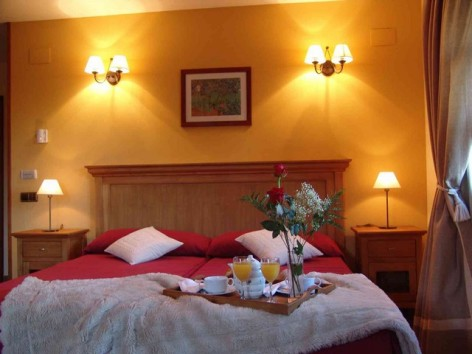 3-HPH116---Hotel-y-Spa-Pena-Montanesa-family-suite--1-.jpg