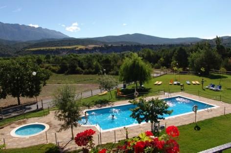 4-HPH116---Hotel-y-Spa-Pena-Montanesa-piscine--2-.jpg