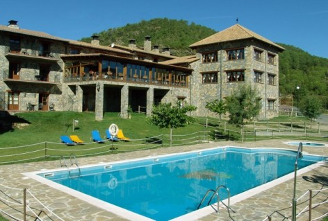 6-HPH116---Hotel-y-Spa-Pena-Montanesa-piscine--3-.jpg